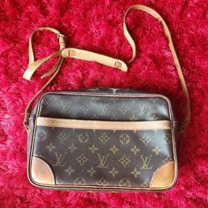 Louis Vuitton Trocadero crossbody